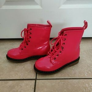 HOT PINK Link boots Woman's US 4